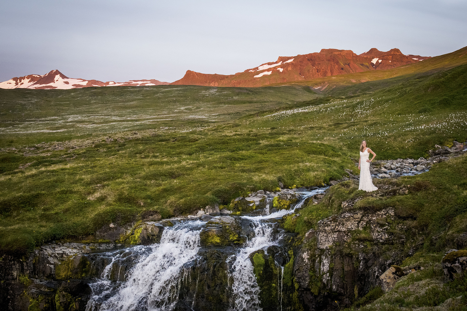 Bride in Iceland